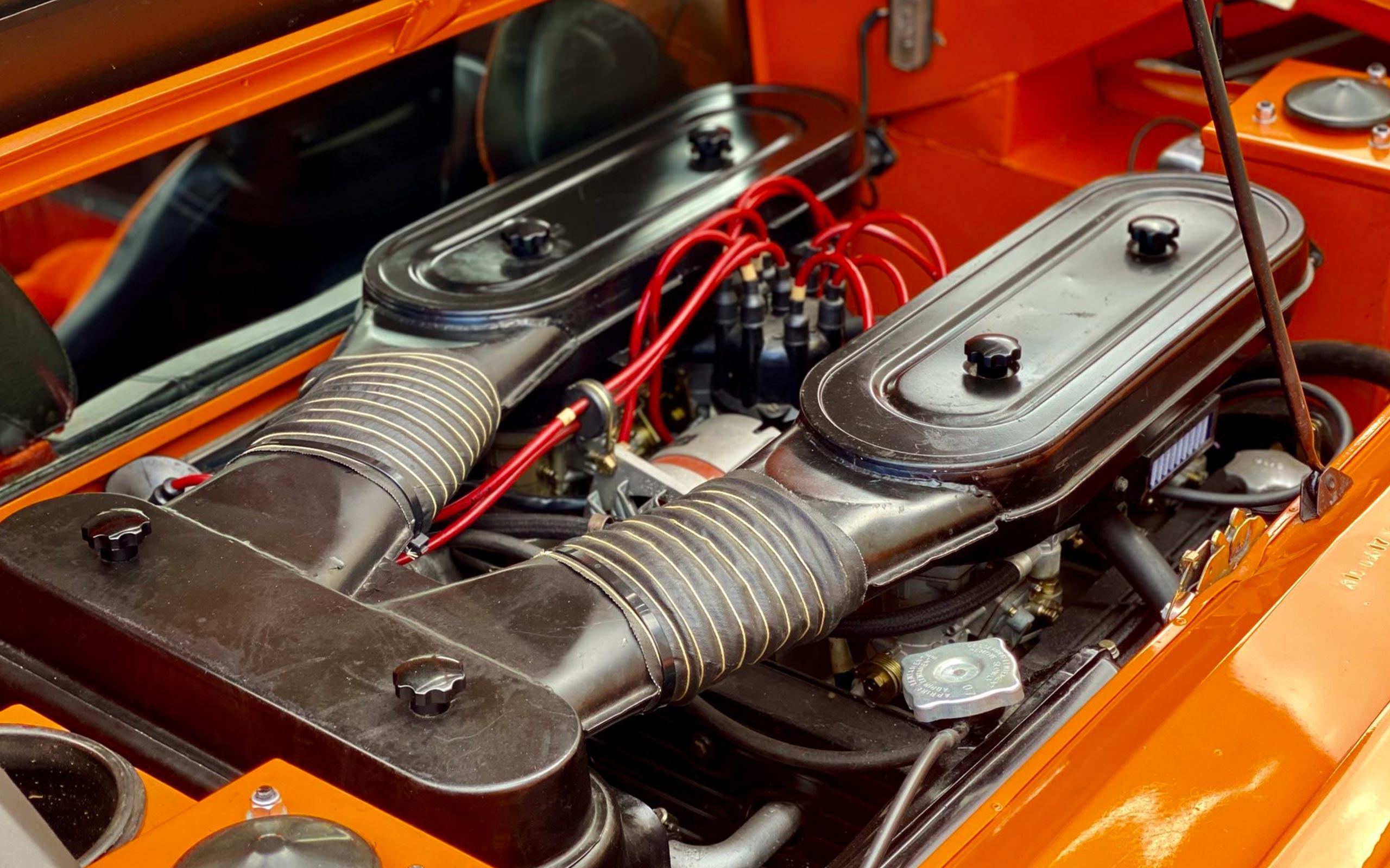 octane-evo-hero-lambo-engine